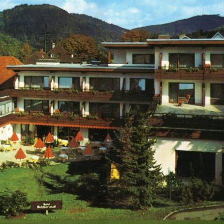 hotel-schwarzmatt_hotel_gastgeber-und-geschichte_ansicht_1970