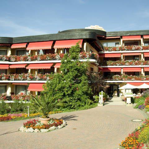 hotel-schwarzmatt_hotel_gastgeber-und-geschichte_ansicht_2000